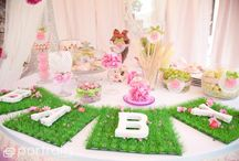 Party Ideas / by Sara Zagone