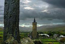 Standing stone, Cross, Menhir..