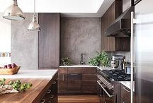 Kitchen is King / Inspiring and beautifully designed custom kitchens.
