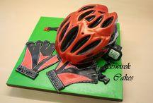 Bicycle helmet cakes