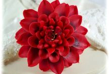 Dahlias and Chrysanthemums / Make a statement with big flowers! Bold Dahlia brooches and other flower jewelry in colorful arrangements.