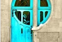 Entrances and Doorways / There's something very magical about a beautiful doorway.  / by Daisies & Pie