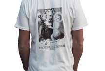 san-T / collezione uomo/donna di t-shirt con grafiche ispirate ai santini da portafoglio.