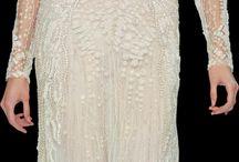Lace dress / should choose a dress