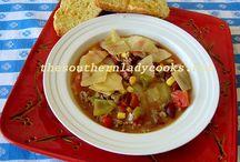 Soups/Salads / by Billie Stinson