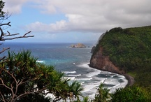 Hawaii - Big Island -- http://travelin-mate.com/Hawaii_E/Big_Island.html / Big Island is the youngest of all islands in the Hawaiian archipelago and definitely lives up its name. With a size of over 4000 square miles (over 10000 km²) Big Island, which is originally known as Island of Hawaii, is twice as big as Delaware or all other Hawaiian Islands together. Because of ongoing lava eruptions the island is still growing with no end in sight... Read more @: http://travelin-mate.com/Hawaii_E/Big_Island.html