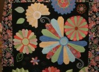Quilts with Dresden plate / by Lady Quilter