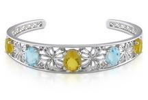 jewelry / by Jennifer Olmedo