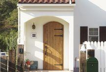 玄関 / かわいい家photoに掲載された玄関の写真