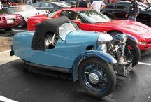 Morgan 3 wheeler - Blue in the rain