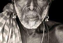A n c e s t o r y! / All about the root of black human.