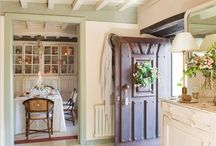 American/Cottage Living / by Jaime S