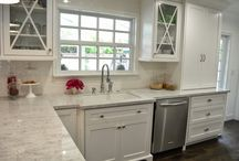 farmhouse kitchen redo / ideas for counter top, walls, ceilings, lighting, paint color, decor.