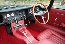Gauges for the Classic Jaguar / Photographs of dashboards and original gauges still being manufactured and supplied by Smiths Instruments. http://www.smiths-instruments.co.uk/jaguar