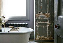 a Tinkle {Bathrooms}