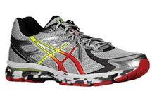 Training shoes for men with flat feet / Cross training shoes for men with flat feet.