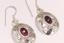 Sterling Silver Earrings / All the pieces are crafted by our workers.Each jewelry is made and completed by hand.