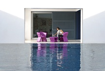 COLLECTION PAL / PAL is, as the name suggests, a friendly and modern line of indoor & outdoor furniture design by KARIM RASHID for the Spanish brand VONDOM. The minimal iconic shape at the front of the object is revolved around, keeping a constant flow of similarity between the different objects of this collection.