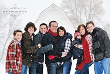 Snowy Family Portrait Ideas