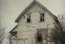 old houses / by Sharon Ulrich