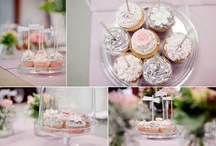 Pink and grey cupcakes