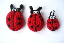 Fun yarn stuff and other crafty projects / Crafty makes using yarn and other materials