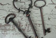 Keys / by Vanessa Schwartz
