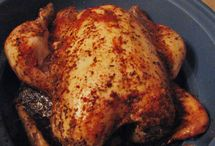 Crock Pot Recipes / by Marie-Eve Delorme Kroener