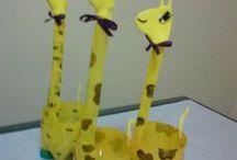 animaletti con bottiglie di plastica riciclata