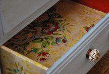 meubles peins motifs