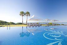"""Insotel Punta Prima Prestige Suites & Spa ***** / Situado en una privilegiada zona de INSOTEL PUNTA PRIMA RESORT, dispone de 52 exclusivas y espaciosas Prestige Suites. Con un estilo típicamente menorquín, ofrece una atmósfera relajada y unas espectaculares vistas al mar. Acreditado con la """"Q"""" de calidad del Instituto para la Calidad Turística Española y certificado por la Normas ISO 9001, ISO 14001 de Gestión Ambiental."""