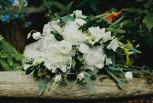 Green and White Simplicity / Wedding a M + B Florals // Molly Taylor and Co. Photography // Mallory and Justin