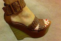Tacones y sandalias