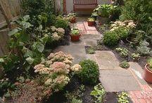 Landscape Design Ideas / Find landscaping design ideas that include patio design ideas and landscape design ideas backyard