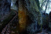 Vie Cave Tuscany Italy / The mysterious Etruscan Vie Cave in Maremma Tuscany