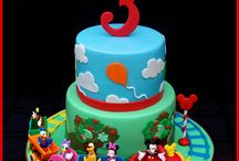 mickey mouse birthday cakes for boys / Luke