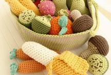 Palillos, crochet y bordado
