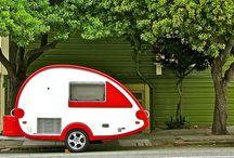 Camping / .