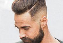 Frisuren und Bärte