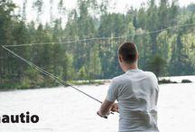 fisherman / Kuvattu juhannuskalastajaa.