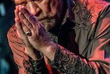 Leć Zeppelin Robert Plant
