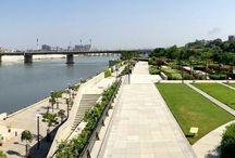 riverfront / waterfront