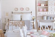 Interior Decor: All White / by Kim L