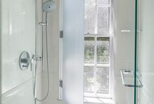 Window in the shower/above tub