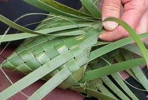 HARAKEKE / Working with Flax. Weaving / by Jo Coxhead