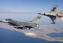Τρεις τουρκικές παραβιάσεις πάνω από το Αιγαίο