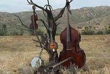 Music / Open Mic: Wednesday 6-9 p.m.  Blue Grass Night: 1st and 3rd Tuesday 6-9 p.m. Live Music: Fridays 6-9 p.m.