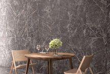 Marmerlook tegels - Lingen Keramiek / Marmerlook tegels geven een klassieke twist aan je interieur. De tegels lijken net van echt marmer, ze zijn alleen gemaakt van keramiek. Daardoor geniet je van de vele voordelen van keramische tegels, maar dan met de mooie natuurlijke uitstraling van de natuursteen marmer. http://www.lingenkeramiek.nl/marmerlook-tegels/ #marmerlook #wandtegels #vloertegels #woonkamer #badkamer
