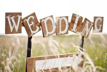 {Wedding Signs} / Some ideas and inspiration for wedding signs. Rustic wedding signs, beach wedding signs