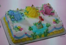 Birthday Cakes / by Ashleigh Crowl